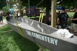 UIUC's Concrete Canoe